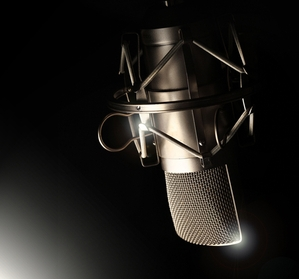 male voice over actor toronto